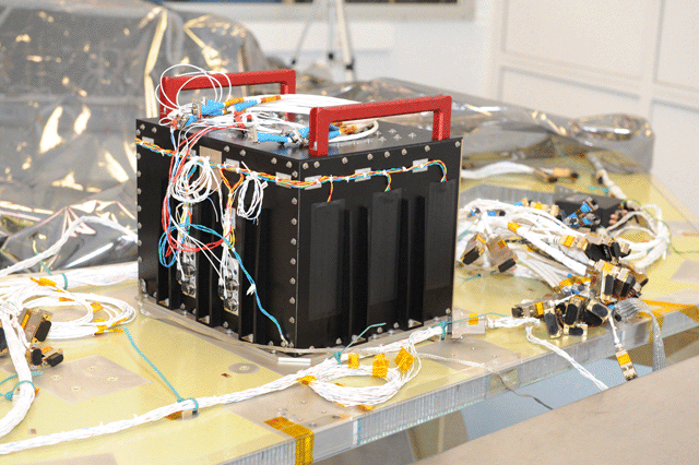 Main Command & Data Handling Box - Photo: NASA Goddard